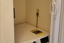 Select units come with the option of a Washer/Dryer in hallway.