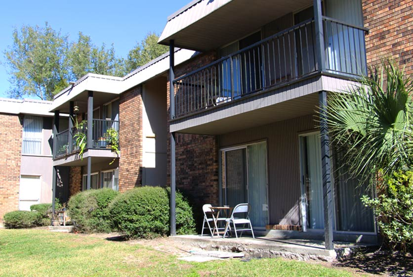 Country Village Apartments Gainesville Swamp Rentals