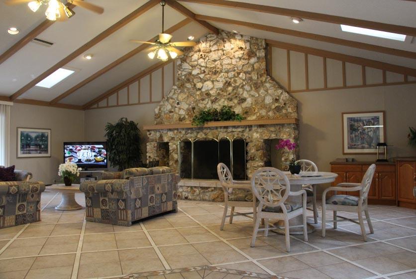 Camelot Apartments Gainesville - Swamp Rentals