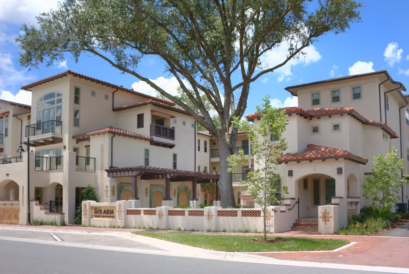 Trimark properties apartments walking distance to uf for Soleria exterior barata