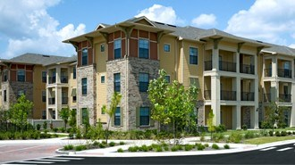 Canopy (352) 503 0784 From $595 2 To 4 Bedrooms ...