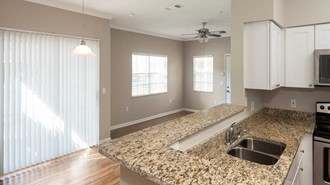 Lake Crossing (352) 702 4145 From $965 1 To 2 Bedrooms ...
